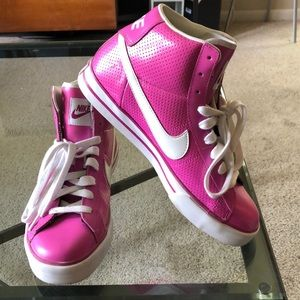 Nike BRS High Top Sneakers
